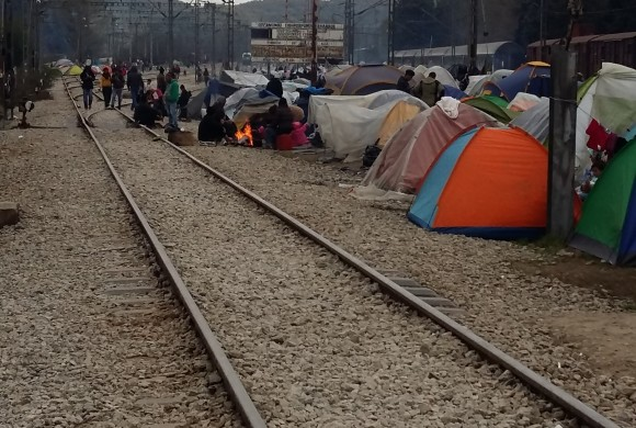Idomeni: la marcia #Overthefortress ai confini dell'Europa