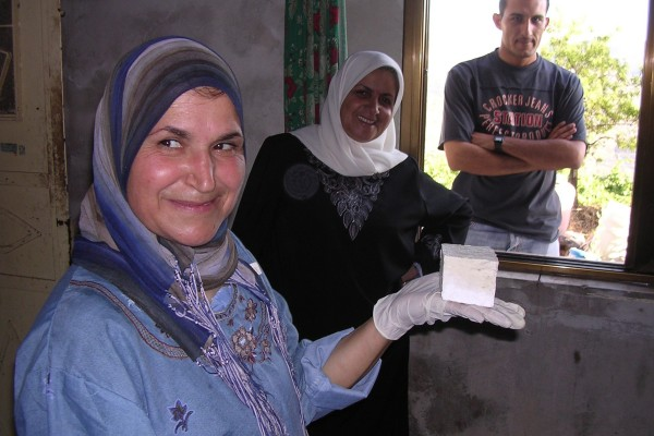 produzione-artigianale-di-sapone-villaggio-di-arira-2005